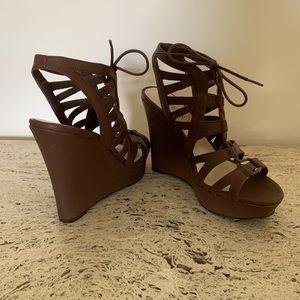 GUESS wedges platform shoes